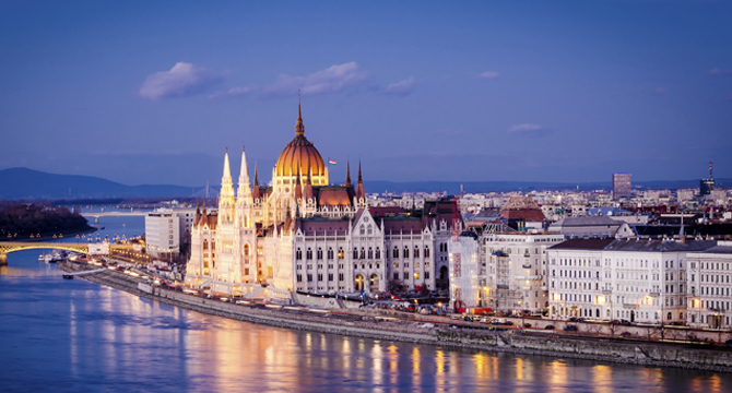 Close proximity to Budapest